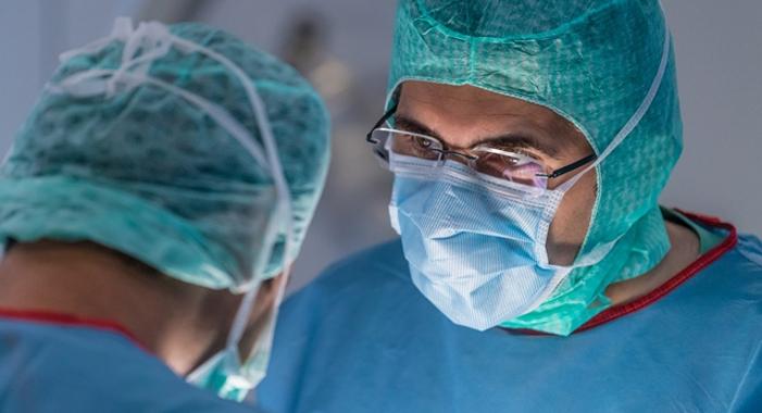 Medizinisches Spektrum Neurochirurgie