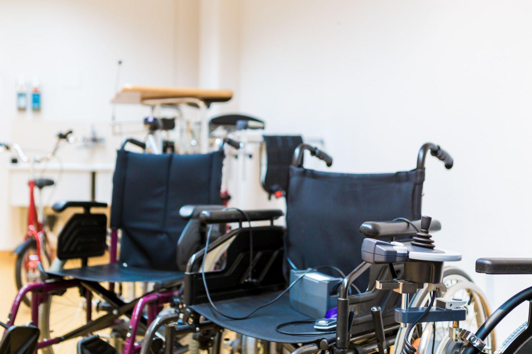 Mobilitätshilfen, die Patienten während des stationären Aufenthaltes zur Verfügung gestellt werden können