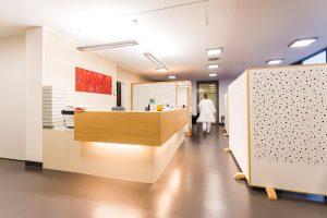 Klinikum_Ingolstadt_op_zentrum_016_empfang_aoz