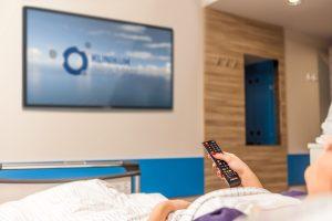 Alle Zimmer der Komfortstation sind mit großen Flachbildschirmen ausgestattet.