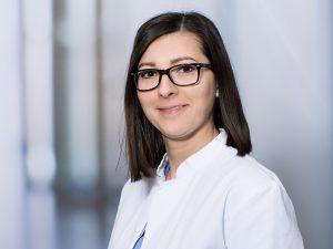 Dr. Ana-Lioara Arva, Funktionsoberärztin der Klinik für Neurologie im Klinikum Ingolstadt