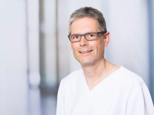 Dr. Michael Ried, Oberarzt am Institut für Anästhesie und Intensivmedizin und Leiter der Palliativstation