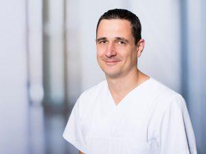 Dr. med. Guido Brosinger, Oberarzt der Klinik für Kinder- und Jugendchirurgie am Klinikum Ingolstadt