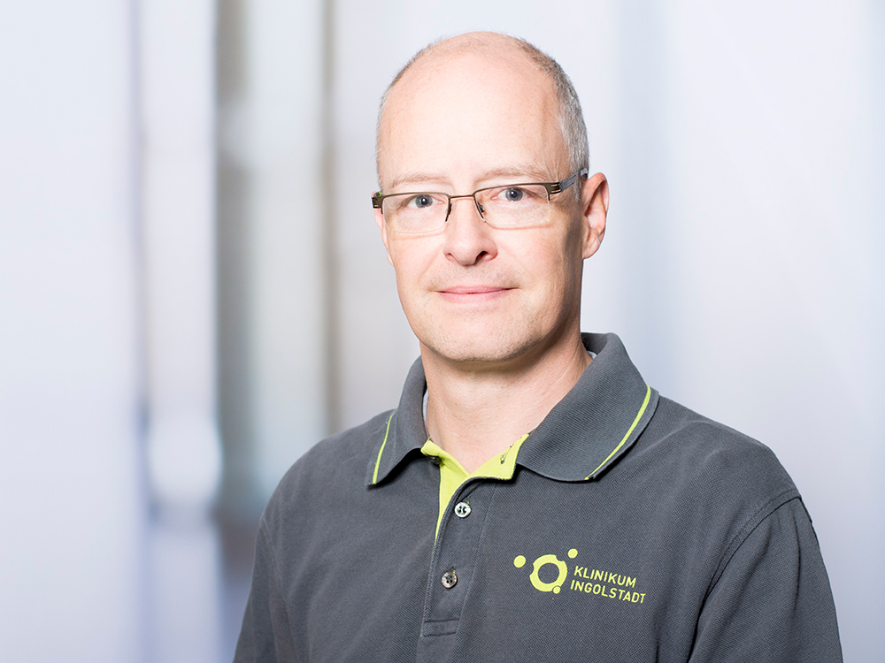 Helge Hütte, Facharzt und stellvertretender Leiter am Ambulanten OP-Zentrum im Klinikum Ingolstadt
