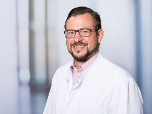 Dr. Steffen Birkmann, Bereichsleitender Oberarzt im Zentrum für psychische