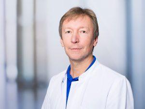 Dr. Johannes Möndel, Oberarzt im Zentrum für psychische Gesundheit am Klinikum Ingolstadt