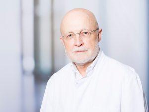 Dr. Reinfried Scholz, Oberarzt im Zentrum für psychische Gesundheit am Klinikum Ingolstadt