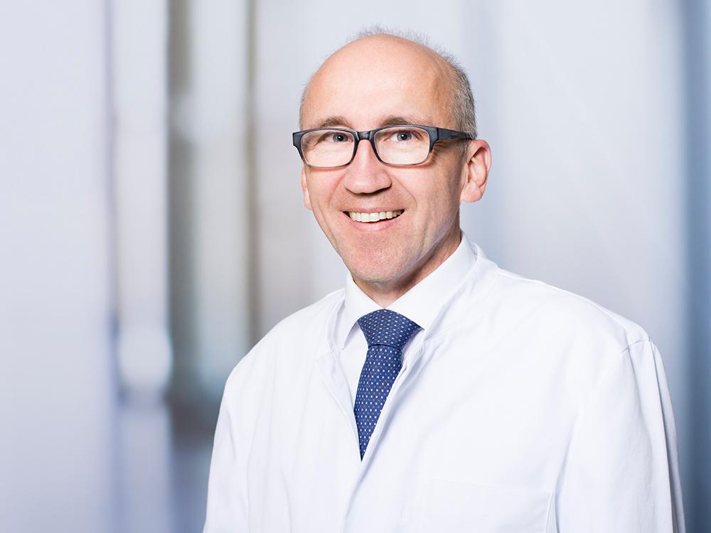 Dr. Florian Demetz, Direktor der Notfallklinik und des Rettungszentrums im Klinikum Ingolstadt