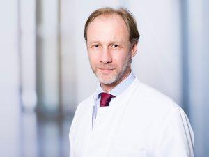 Dr. Hendrik Janssen, Direktor des Instituts für Neuroradiologie im Klinikum Ingolstadt