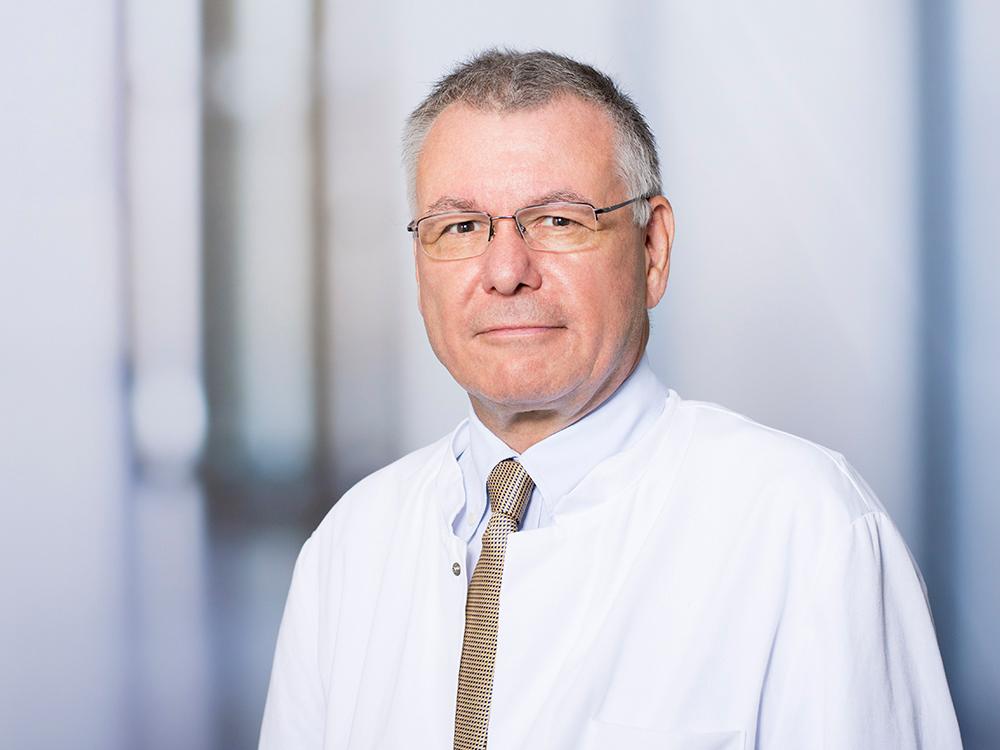 Prof. Dr. Thomas Pollmächer, Direktor des Zentrums für psychische Gesundheit