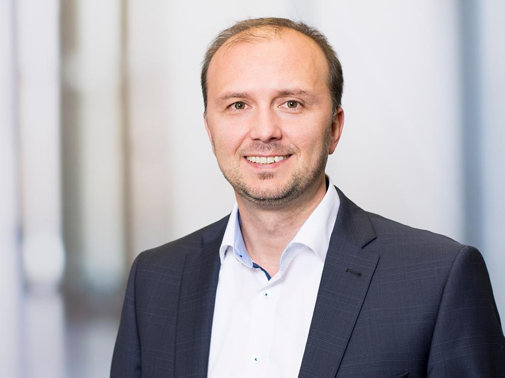 Elvir Smajic, Pflegedienstleiter am Klinikum Ingolstadt für den operativen Bereich
