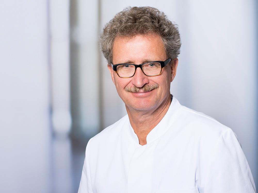 Prof. Dr. Dierk Vorwerk, Direktor des Instituts für Radiologie im Klinikum Ingolstadt