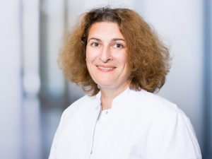 Dr. Ekaterini Weschta, Oberärztin der Chirurgischen Klinik I im Klinikum Ingolstadt und im MVZ Ingolstadt