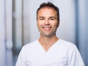 Dr. Francesco Fanizzi, Oberarzt der Klinik für Allgemein-, Viszeral- und Thoraxchirurgie im Klinikum Ingolstadt