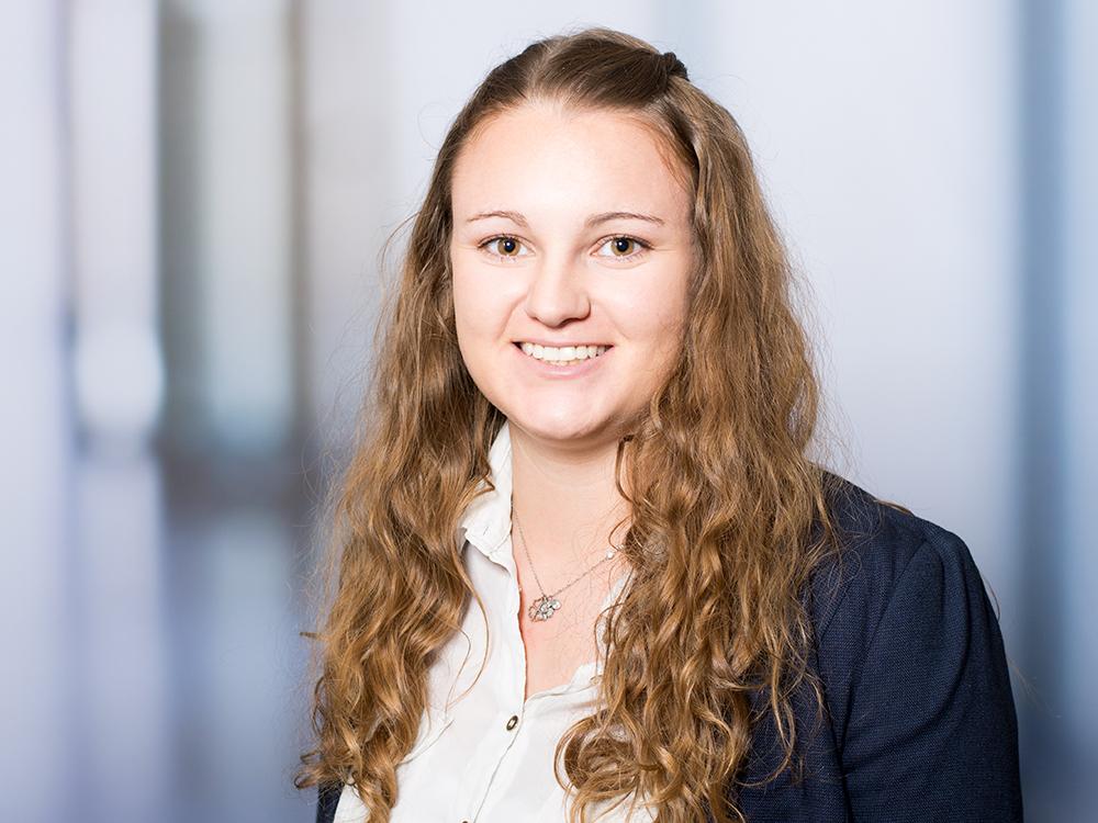 Carina Bauer, Mitarbeiterin der Personalabteilung im Klinikum Ingolstadt