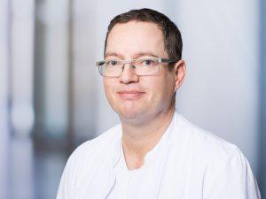 Klaus Goldbrunner, Oberarzt und Stellvertretender Direktor der Frauenklinik im Klinikum Ingolstadt