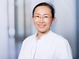 Yue Zhuo, Oberärztin der Frauenklinik im Klinikum Ingolstadt