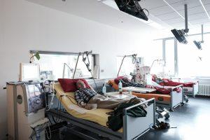 Arbeiten die Nieren nicht mehr, müssen Betroffene drei Mal pro Woche zur Blutwäsche.